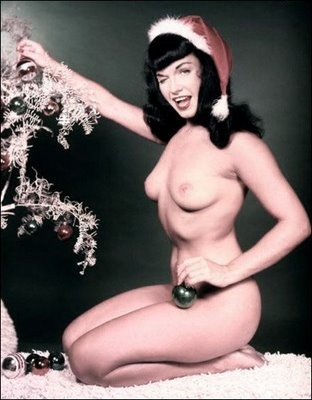 betty_page_merry_xmas1.jpg